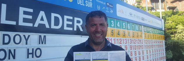 Ricardo González, en la punta y cerca del récord